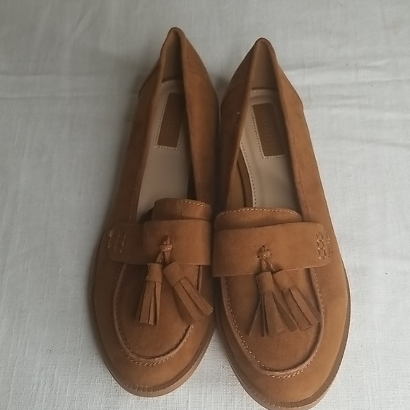 2@$25 Forever 21 Womens Loafers Size 5.5
